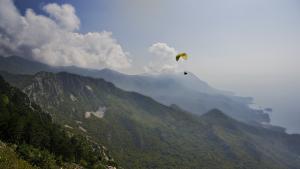 feel freedom in Montenegro paragliding flight
