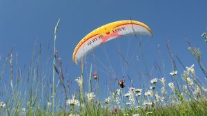 Fly and joy in Montenegro paragliding