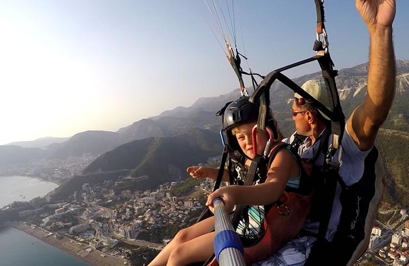 Paragliding for kids