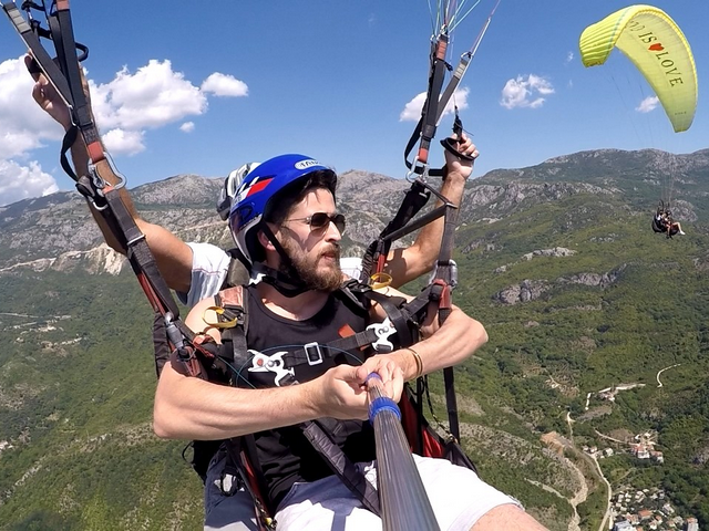 fly with us budva paragliding